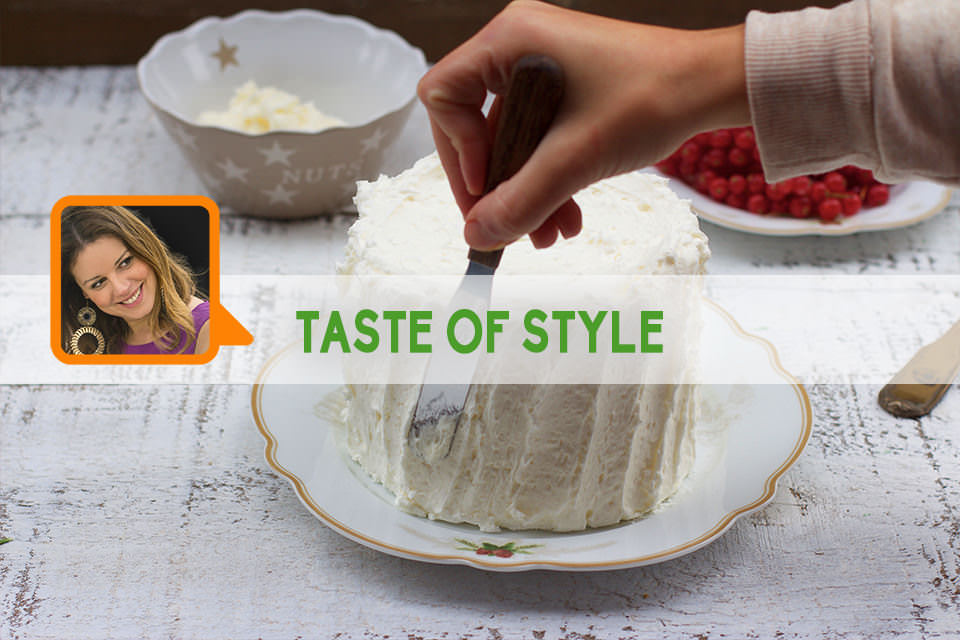 Hot Milk Sponge Cake leggera – La tradizione della torta di Natale