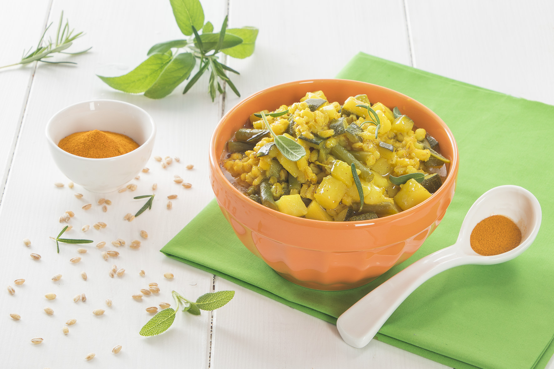 Orzotto con verdure e curcuma