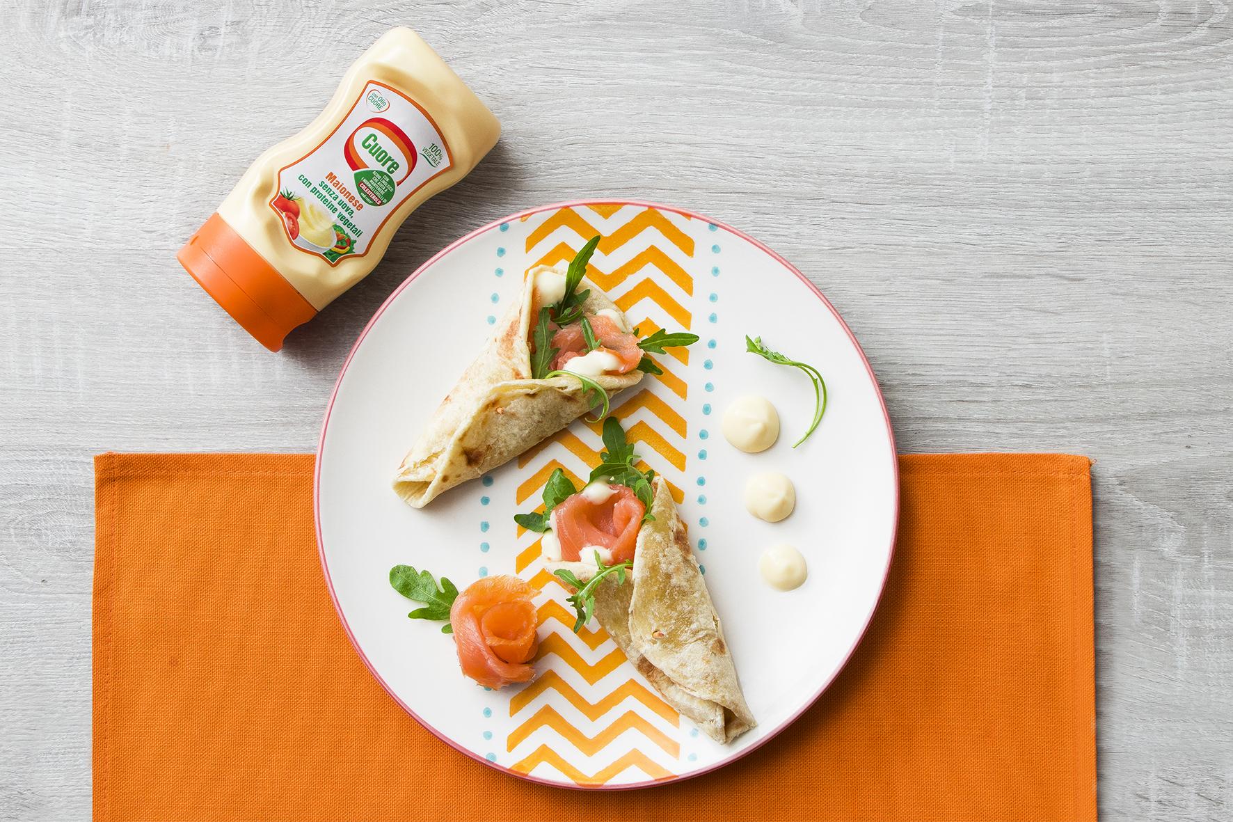 Wrap con salmone affumicato, rucola e maionese